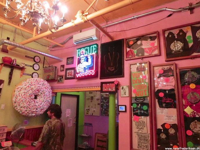 voodoo_doughnut_portland_Roadtrip_2012-350