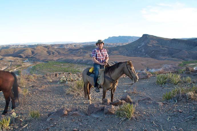 På hesteryg og med jagtgevær
