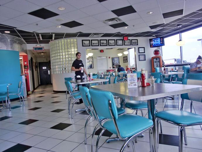 Lucille´s Roadhouse Diner og Bug Ranch på Route 66