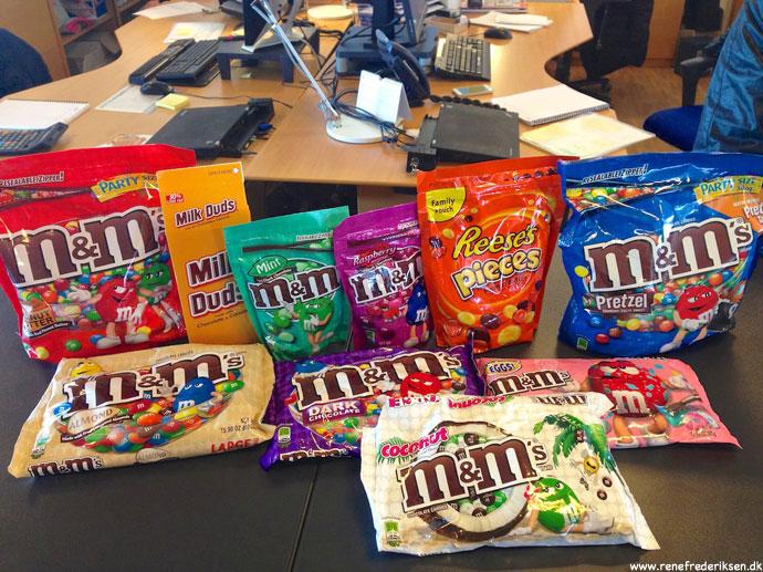 m&m med peanut butter, mint, hindbær, pretzel, mandel, mørk chokolade, m&m påskeæg og med kokos.