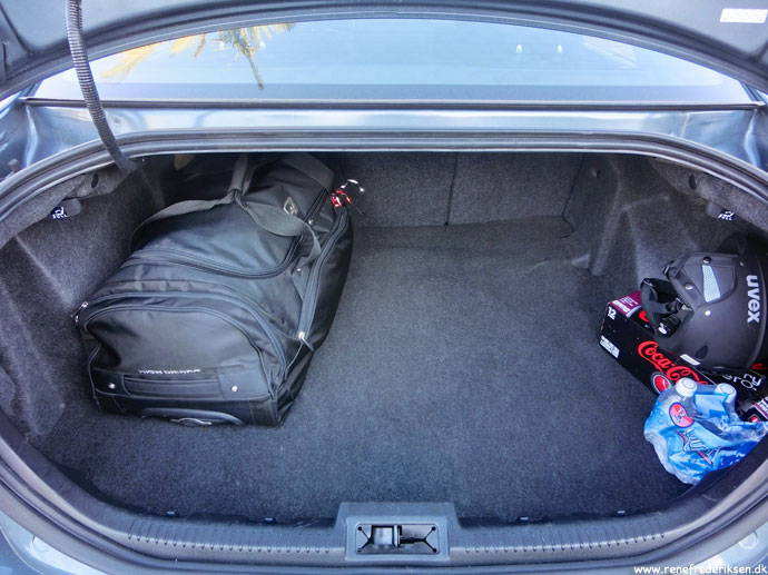 ford_fusion_trunk_bagagerum_jan_2013-8