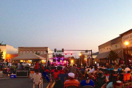 Gadefest i Forsyth, GA og Walmart