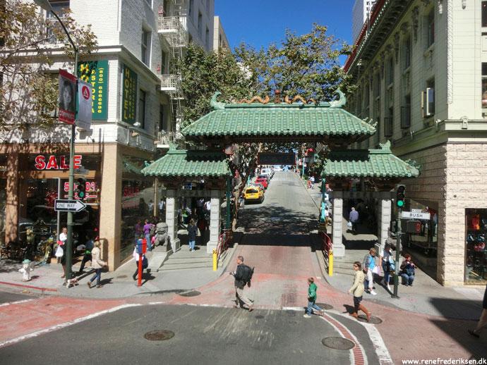 san_francisco_lombard_city_roadtrip_2012-12