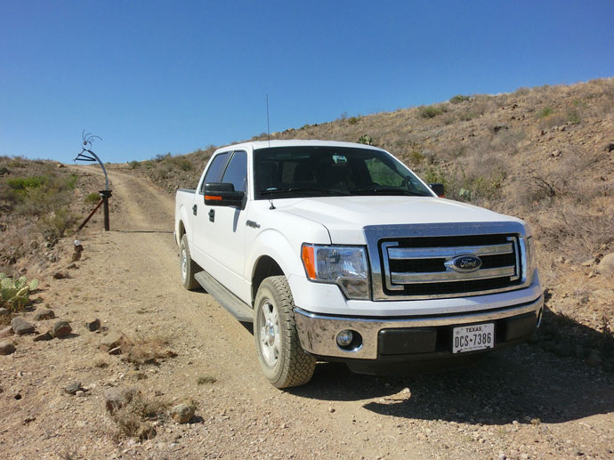 ford_f150_roadtrip_2014-1