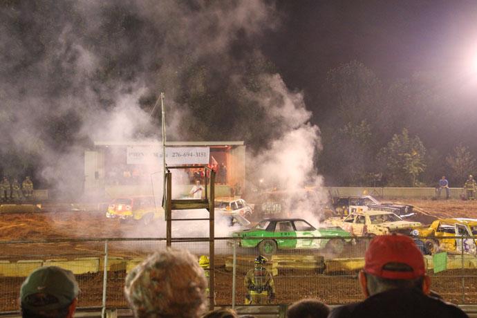 county_fair_demolition_derby_virginia_roadtrip_2013-16