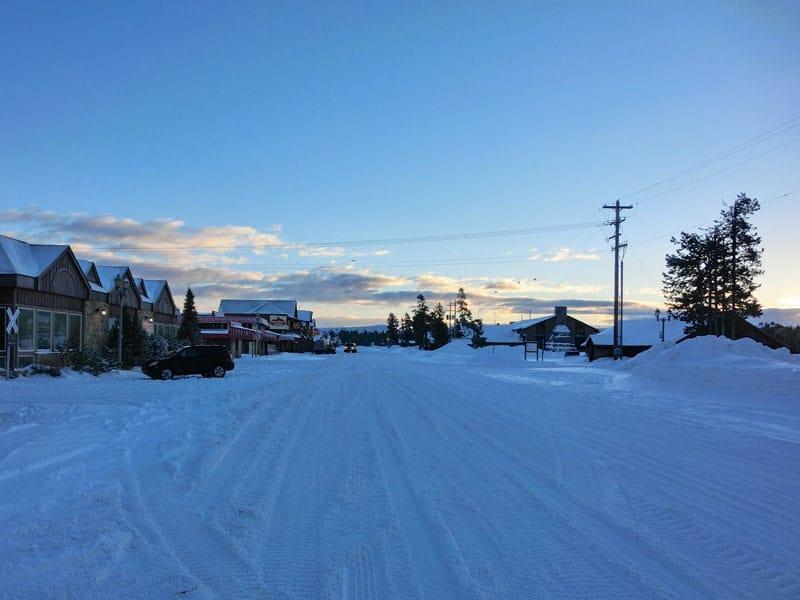 snowmobile_yellowstone_day3_roadtrip_2014-1