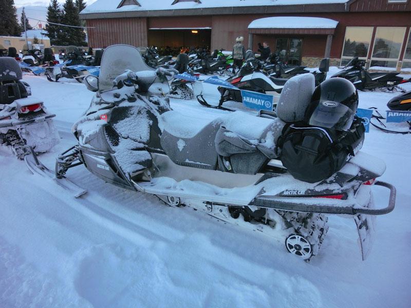 snowmobile_yellowstone_day3_roadtrip_2014-2