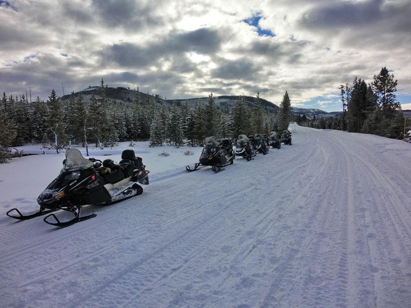 snowmobile_yellowstone_day3_roadtrip_2014-6