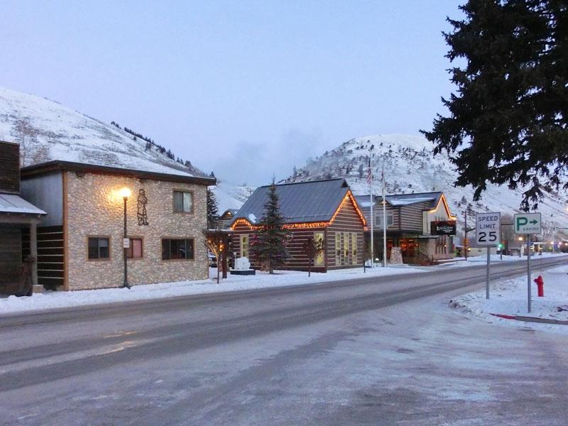teton_village_skiing_roadtrip_2013-1
