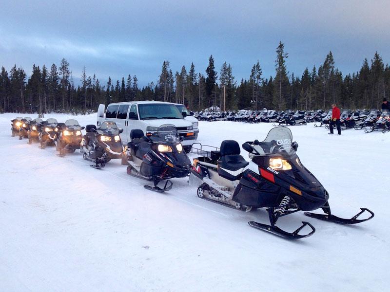 yellowstone_snowmobile_day1_roadtrip_2013-2