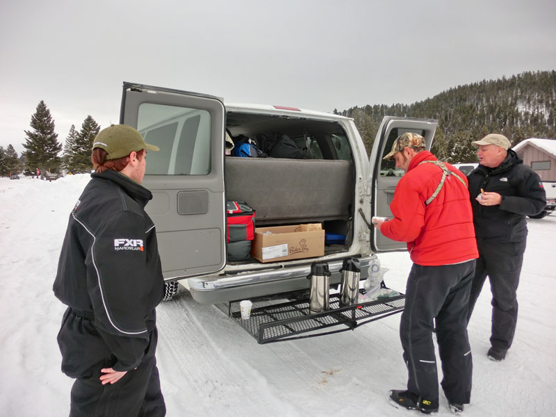 yellowstone_snowmobile_day2_roadtrip_2013-13