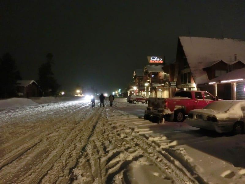 yellowstone_snowmobile_day2_roadtrip_2013-31