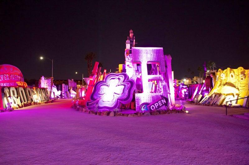 neon_boneyard_las_vegas_roadtrip_2014-11