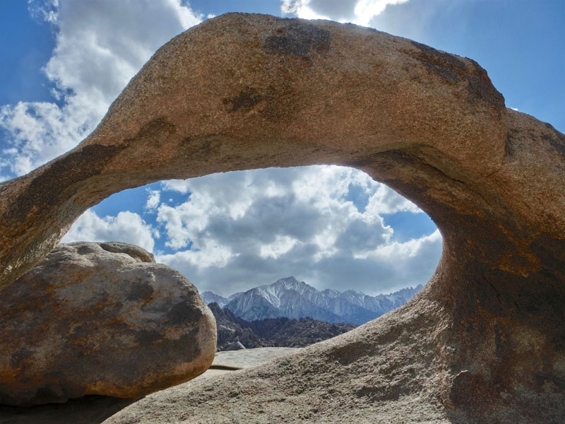Mobius Arch i Lone Pine
