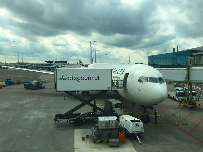 København via Amsterdam til Seattle