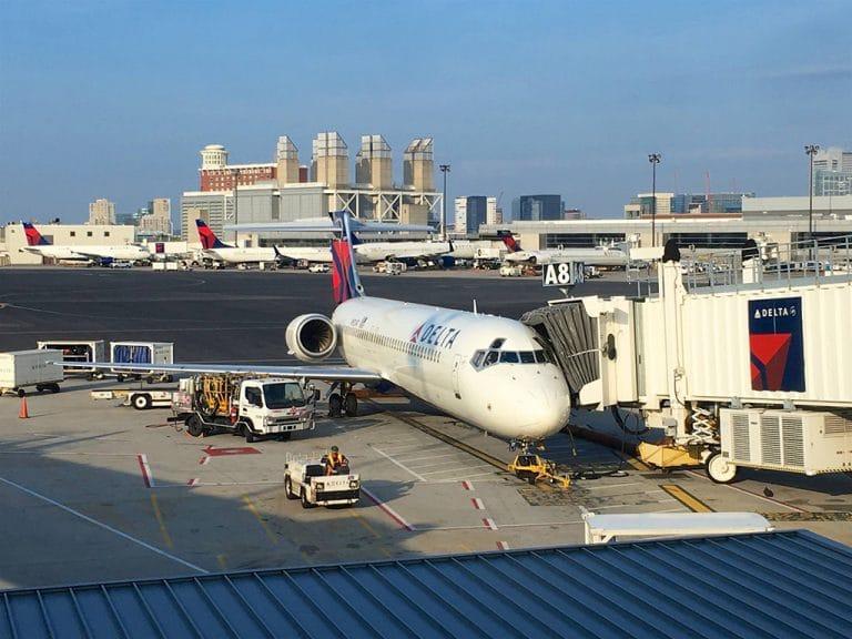 Indenrigsfly fra Boston til Minneapolis
