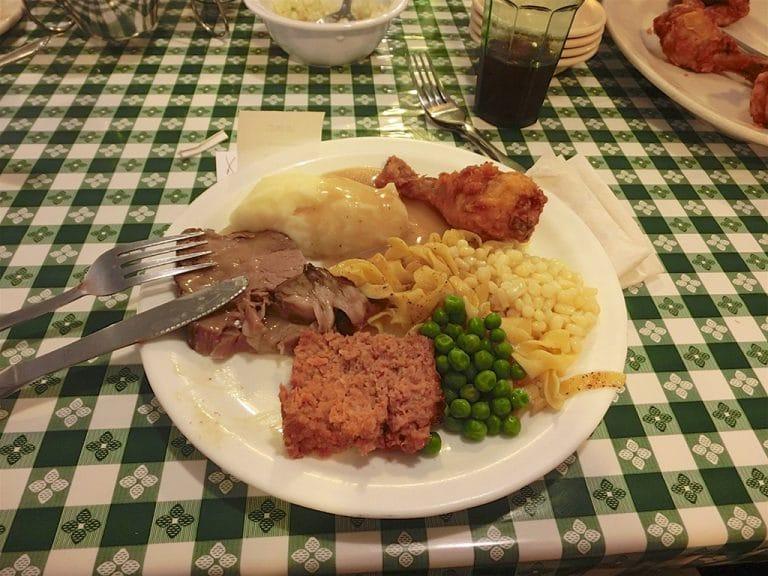 Morgantown og Dutch Family Dinner i Amish Country