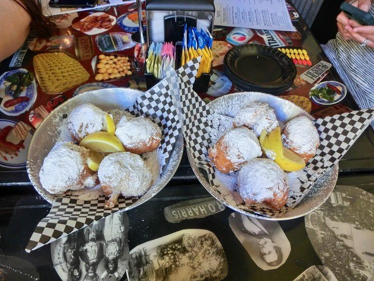 Beignets til morgenmad og Mobiles historie
