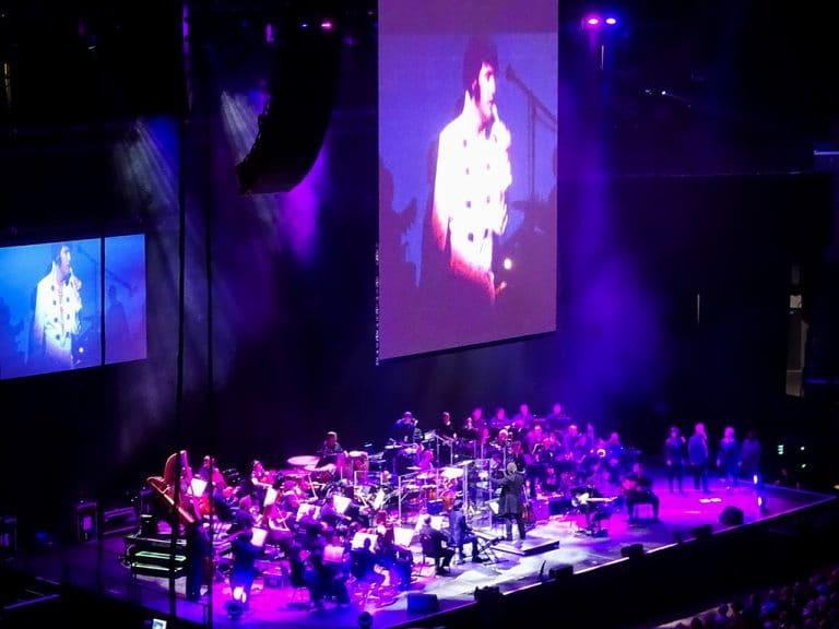 Rendezvous Ribs og Elvis in concert