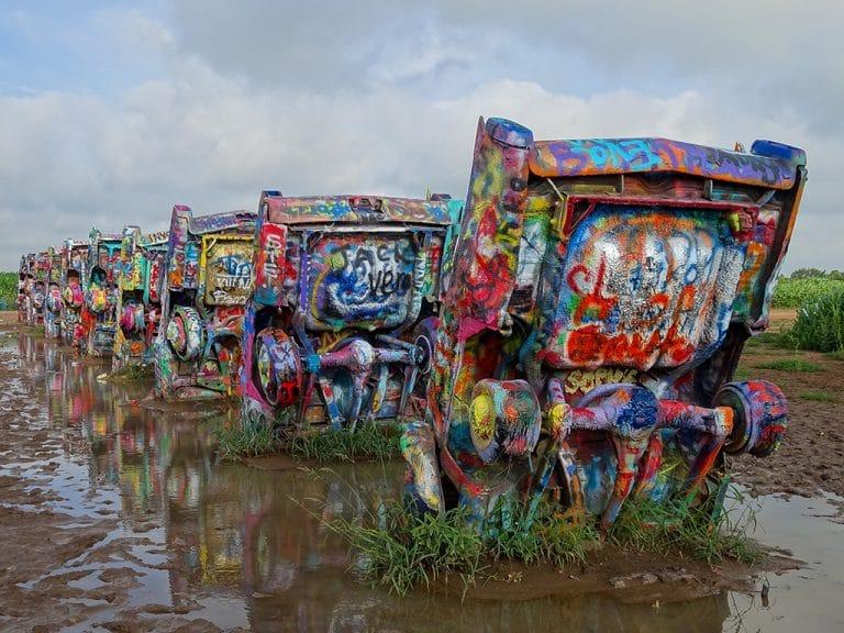 Grafitti på Cadillac Ranch