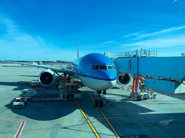 København via AMS til Atlanta og immigration
