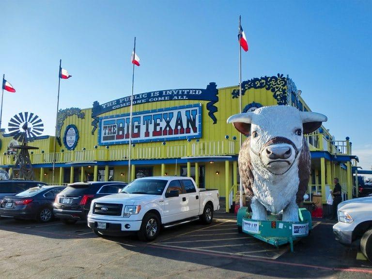 The Big Texan og 2 kg steak