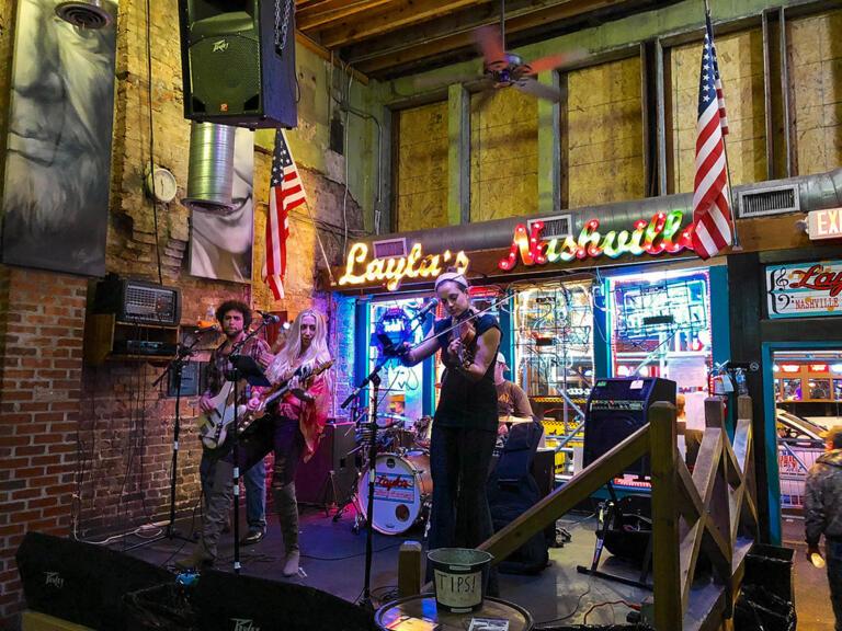Nashville – festlig og farverig