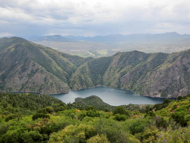 Fra Black Canyon nationalpark til byen Basalt